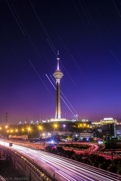Milad Tower Venus Jupiter.jpg